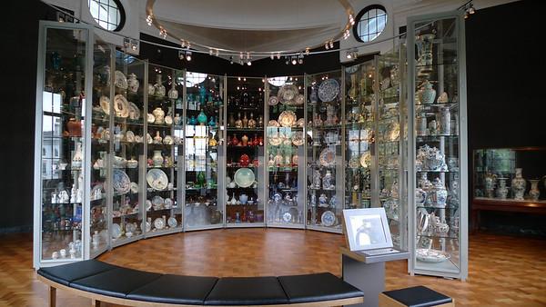 Victoria and Albert Museum Ceramics